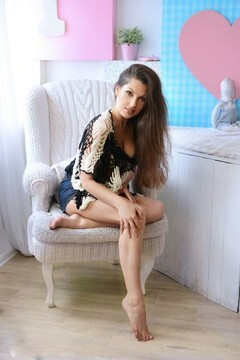 Suzanna from Kharkov 27 years - look for fiance. My mid primary photo.