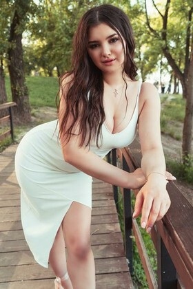 Vladlena from Kiev 20 years - girl for dating. My small primary photo.