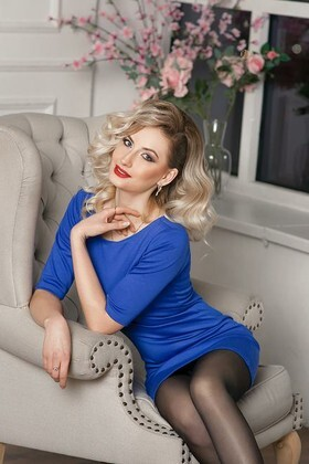 Tanya from Dnipro 26 years - desirable woman. My small primary photo.