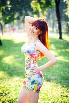 Marinka from Poltava 25 years - future bride. My small primary photo.