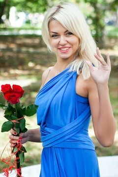 Elena from Odessa 31 years - loving woman. My mid primary photo.