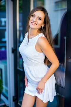 Kristina from Ivanofrankovsk 26 years - lovely girl. My mid primary photo.