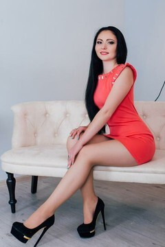 Tanni from Cherkasy 22 years - seeking man. My mid primary photo.