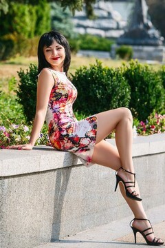 Tatjana from Cherkasy 39 years - introduce myself. My mid primary photo.