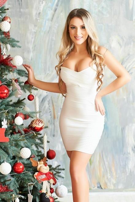 Anastasiya from Ivano-Frankovsk 24 years - morning freshness. My small primary photo.