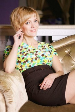 Yana from Kharkov 39 years - single lady. My mid primary photo.