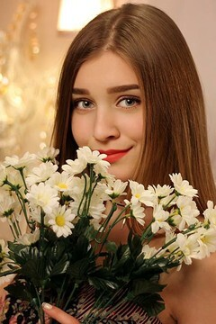 Nastenka from Zaporozhye 20 years - look for fiance. My mid primary photo.