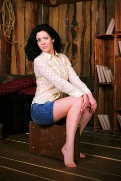 Olya from Zaporozhye 35 years - seeking man. My mid primary photo.
