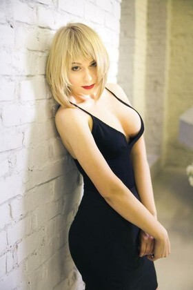 Anastasia from Kiev 26 years - girl for dating. My small primary photo.