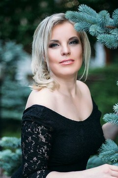 Irina from Sumy 35 years - girl for marriage. My mid primary photo.