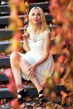 Alina from Kremenchug 42 years - beautiful woman. My mid primary photo.