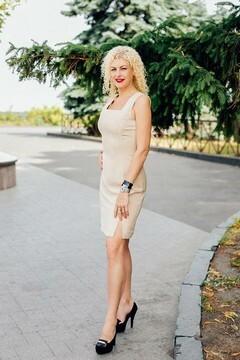 Tatiana from Poltava 51 years - nice fiancee. My mid primary photo.