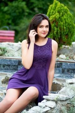 Liudmyla from Ivanofrankovsk 23 years - single russian woman. My small primary photo.