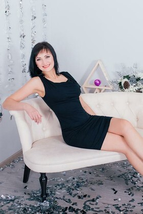 Alla from Cherkasy 44 years - natural beauty. My small primary photo.