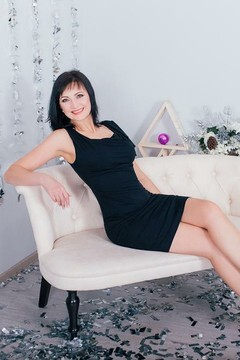 Alla from Cherkasy 44 years - seeking soulmate. My mid primary photo.