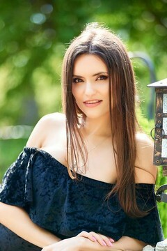 Oksana from Ivanofrankovsk 25 years - Warm-hearted girl. My small primary photo.