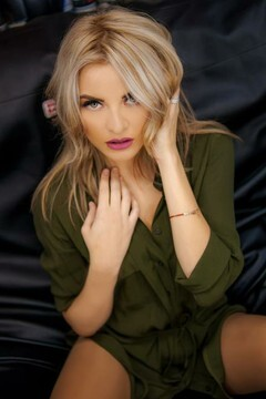 Hot video chat: Lilia