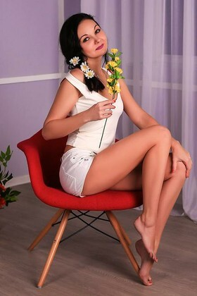 Inna from Zaporozhye 34 years - amazing appearance. My small primary photo.