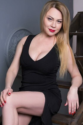 Natali from Sumy 41 years - attentive lady. My small primary photo.
