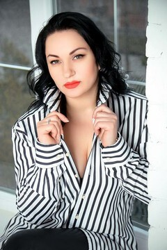 Irina from Zaporozhye 39 years - kind russian girl. My mid primary photo.