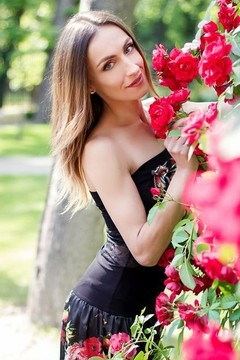 Natalia from Kharkov 31 years - sunny smile. My small primary photo.