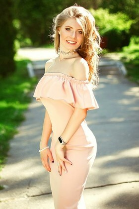 Sveta from Kiev 19 years - romantic girl. My small primary photo.