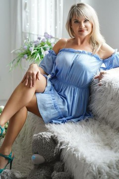 Vika  36 years - looking for relationship. My small primary photo.
