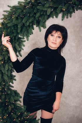 Elena from Poltava 46 years - ukrainian girl. My small primary photo.