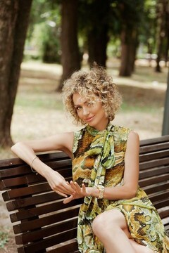 Iren from Dnipro 42 years - happy woman. My mid primary photo.