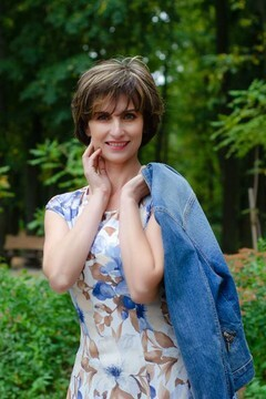 Ludmila from Cherkasy 45 years - independent woman. My mid primary photo.