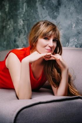 Olga from Cherkasy 45 years - nice fiancee. My small primary photo.