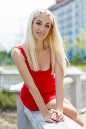 Maria from Ivano-Frankovsk 35 years - good mood. My small primary photo.