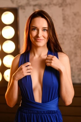 Alina from Zaporozhye 29 years - great weather. My small primary photo.