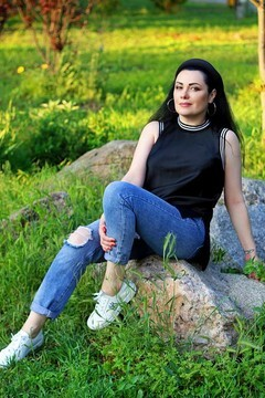 Olechka from Zaporozhye 43 years - future wife. My small primary photo.