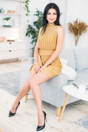 Karina from Kharkov 34 years - soft light. My small primary photo.
