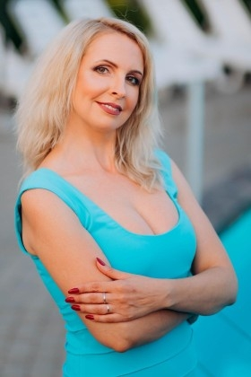 Vera from Lutsk 43 years - search for love. My small primary photo.