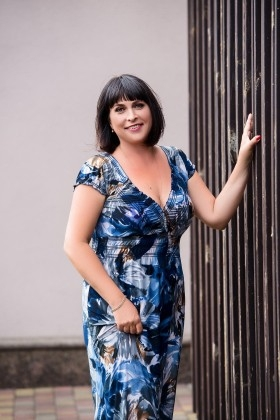 Elena from Cherkasy 46 years - searching life partner. My small primary photo.