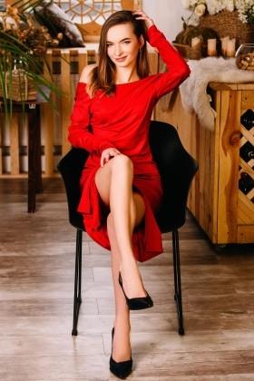 Marisha from Cherkasy 25 years - creative image. My small primary photo.
