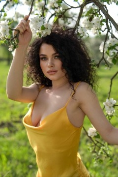Alyona from Sumy 23 years - cool photo shooting. My small primary photo.
