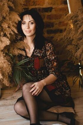 Oksana from Kremenchug 39 years - ukrainian bride. My small primary photo.