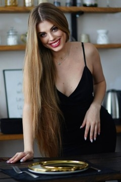 Alina from Sumy 29 years - seeking soulmate. My mid primary photo.