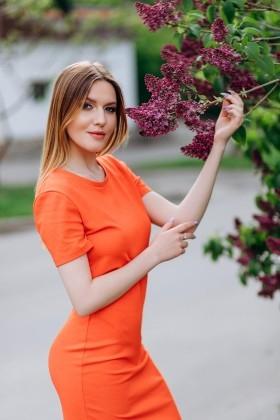 Alesya from Poltava 21 years - morning freshness. My small primary photo.