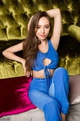 Alina from Kharkov 19 years - hot lady. My small primary photo.