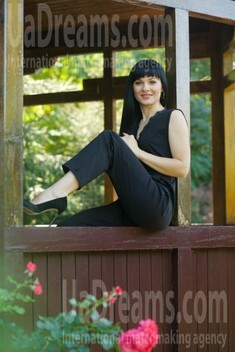 Julia from Sumy 34 years - bright smile. My small public photo.