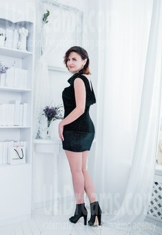 Anna from Cherkasy 39 years - hot lady. My small public photo.
