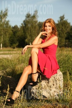 Julia Sumy 31 y.o. - intelligent lady - small public photo.