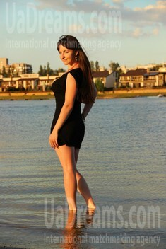 Alyona from Zaporozhye 24 years - waiting for you. My small public photo.