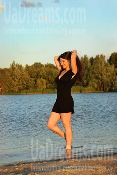 Alyona from Zaporozhye 24 years - eyes with love. My small public photo.