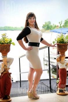 Alyona from Zaporozhye 24 years - photo gallery. My small public photo.