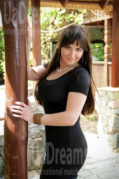 Alyona from Zaporozhye 24 years - hot lady. My small public photo.